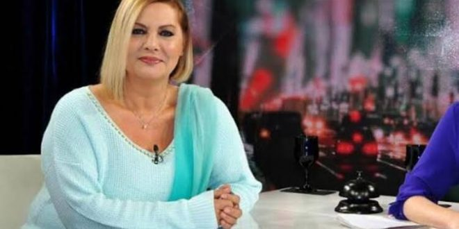"""Türk Müziğinin Efsane İsmi """"MÜŞERREF AKAY"""""""