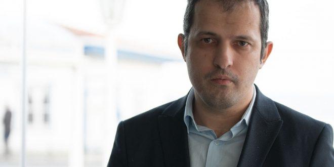 Gazeteci ve Yazar Sedat Sarıkaya kimdir?