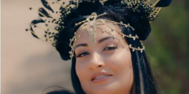 Samara'dan yeni şarkı 'Barby Gibiyim'